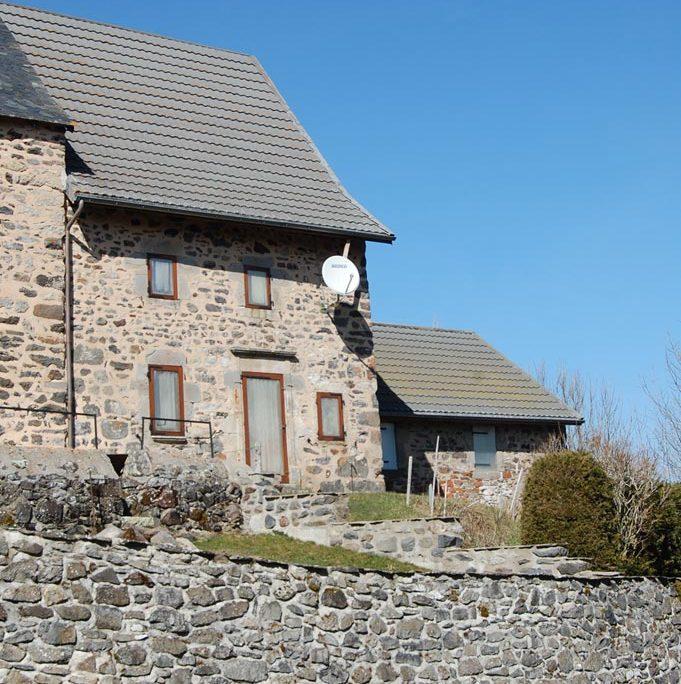 A vendre : Maison dans le bourg, rénovée, habitable de suite